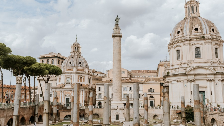 16 Trajans Column