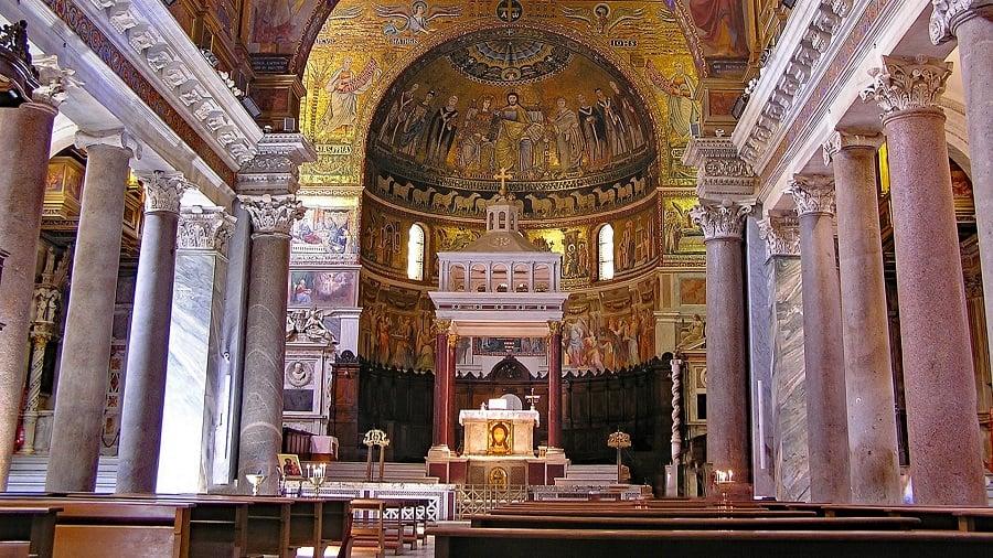 24 Santa Maria in Trastevere