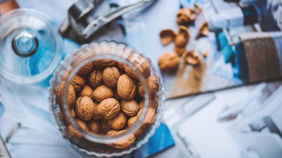 Walnut-nuts_3840x2160