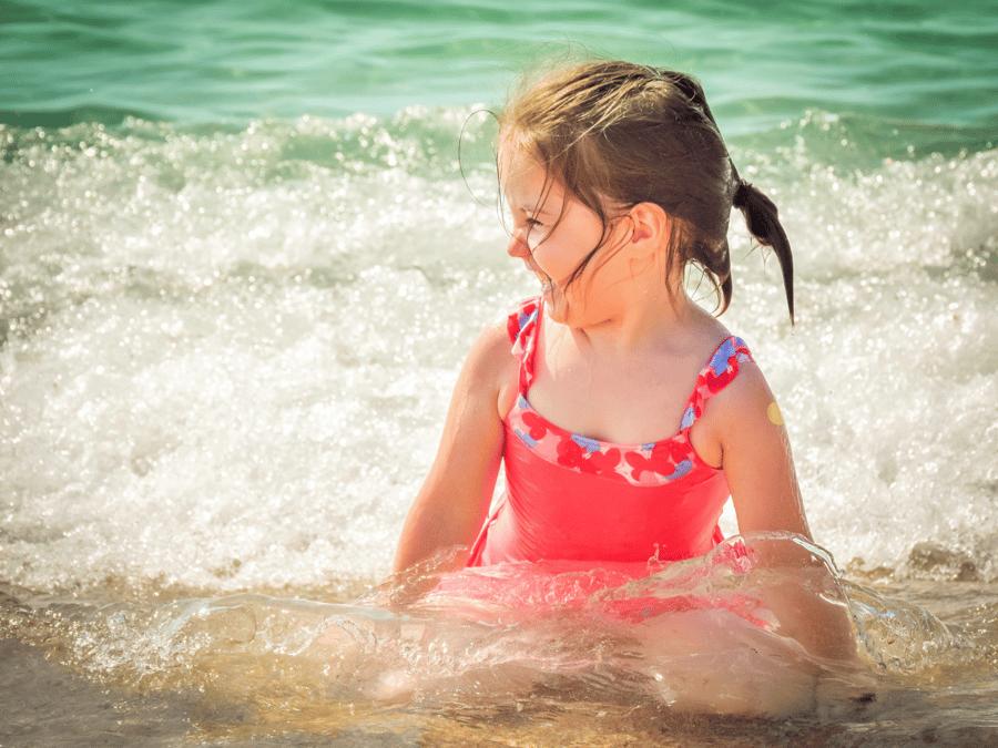 beach-child-sticker-1