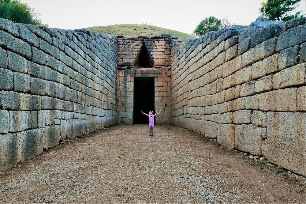 mycenae-with-kids-8 (1)